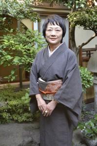 横山タカ子